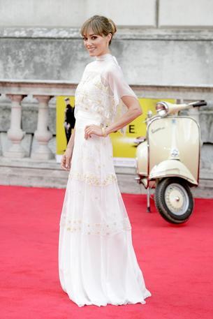 Best Look: Jacqui Ainsley w białej sukni Temperley London