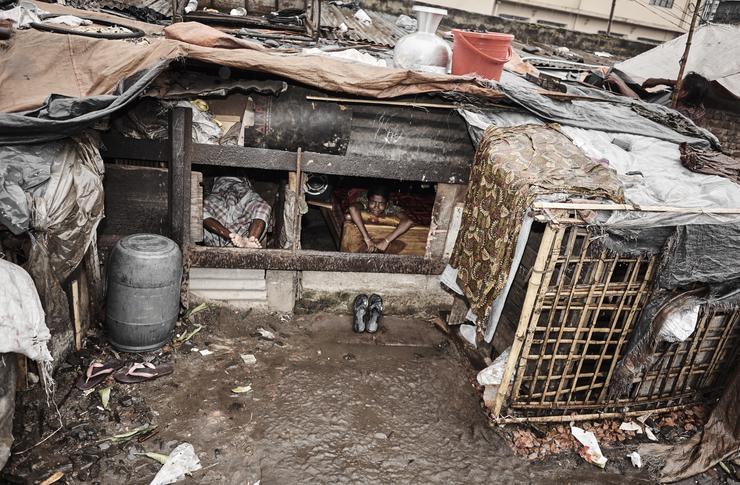 Szűkös, embertelen körülmények között élnek a gyerekek /Fotó: Northfoto