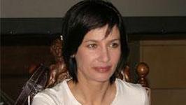 Grażyna Wolszczak gra z Mirosławem Baką