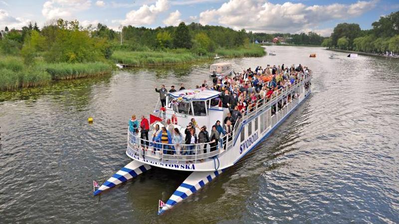 Регулярные круизы по озерам начались в эту субботу в Августове