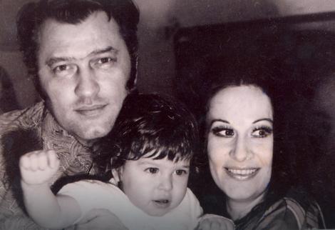 Miladin Šakić, mali Mane i sretna majka Olivera