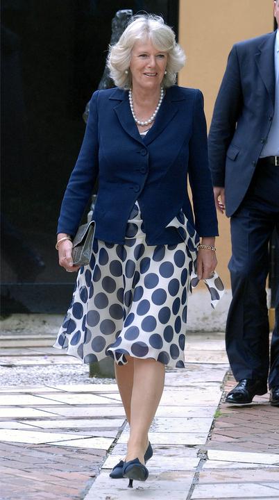 Tavaly nyáron divatos pöttyösben Kamilla hercegné.