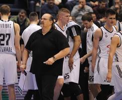JAČAJU TIMSKI DUH Košarkaši Partizana ponovo izašli zajedno