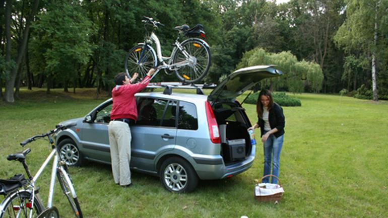 Bagażnik rowerowy: Radzimy jak bezpiecznie przewieźć rower autem