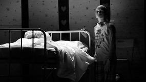 """Myślenice: premiera nowego spektaklu """"Teatru przy drodze"""". Historia Oscara poruszyła widownię do łez"""