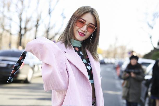 Must have: płaszcze w wielu odcieniach różu