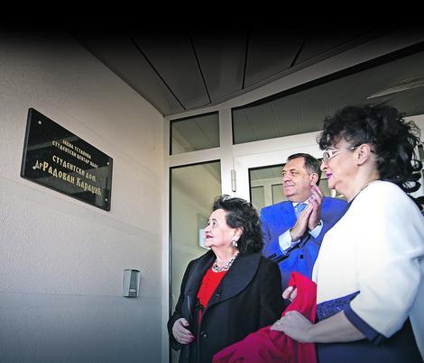 Milorad Dodik otkriva tablu s imenom Karadžića na Palama