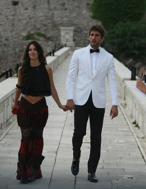 Novakov prijatelj Milan Tabašević s devojkom