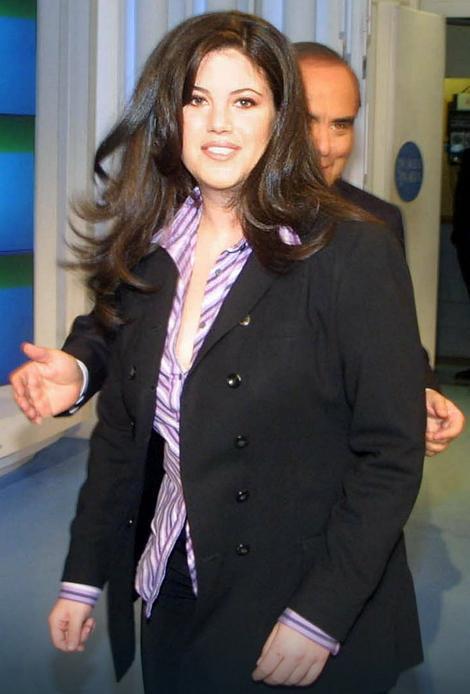 Levinski se 2005. godine preselila u Britaniju, gde je završila master studije u oblasti socijalne psihologije