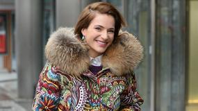 """Anna Dereszowska w nowej fryzurze oraz stylowym płaszczu pod studiem """"Dzień dobry TVN"""""""