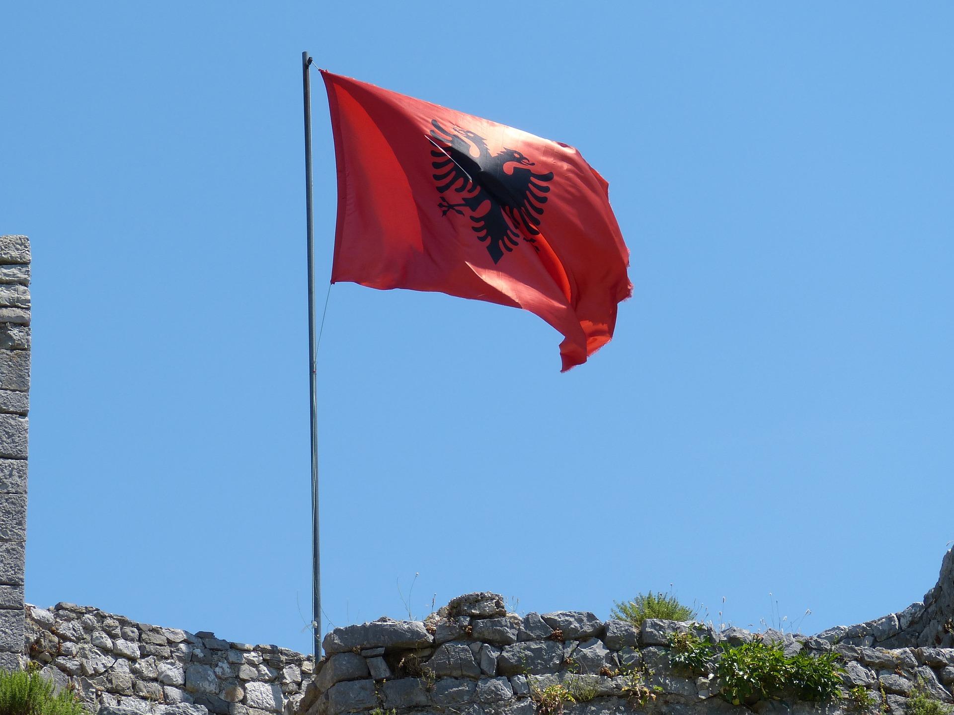 Brakova sklapanje agencija iz albanije za SRBI SU
