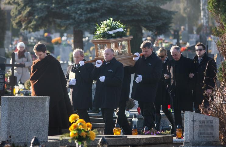 Pogrzeb żony Karola Strasburgera