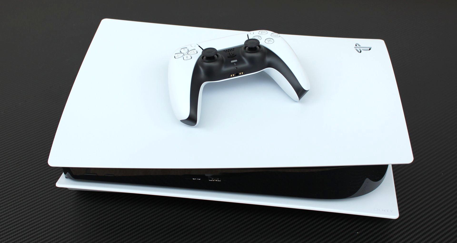 PlayStation 5 možno už budúci rok dostane inovovanú verziu.