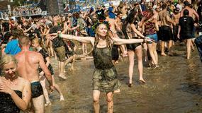"""Przystanek Woodstock 2017: błotne kąpiele pod """"grzybkiem"""""""