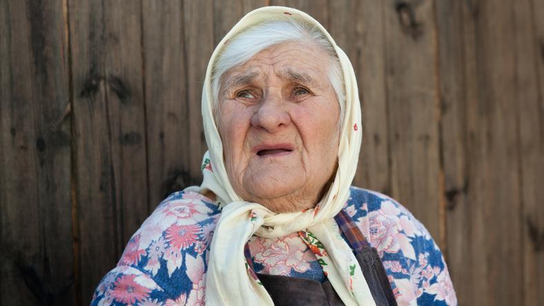 A tini betörők bezárták az egyik szobába az idős nénit, majd összeszsedték az értékes holmikat. Az asszony kiáltására a szomszédok figyeltek fel (Képünk illusztráció) /Fotó: Northfoto