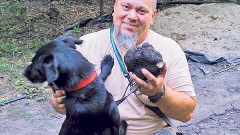 Egymillás szarvasgombát talált Milla kutya