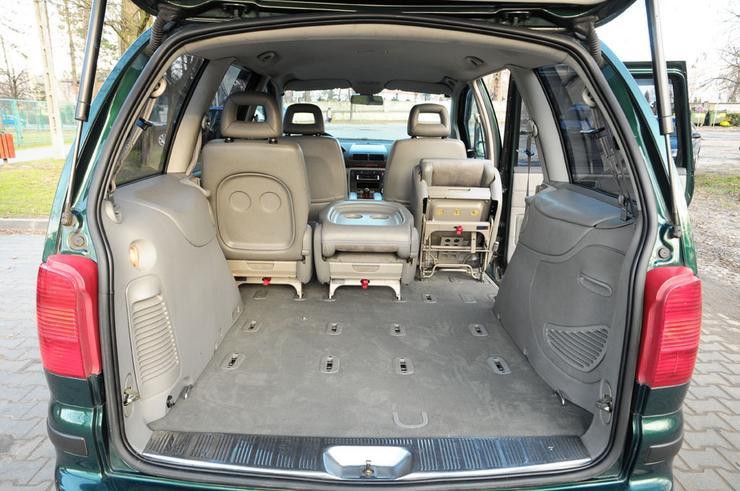 Vw Sharan 2 besides 180 likewise Fiat Qubo 2016 01 in addition Eq7je further Minivan5d. on volkswagen minivan