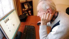 """""""Dziarski dziadek"""" poznaje internet. Bezcenna reakcja na Facebooka"""