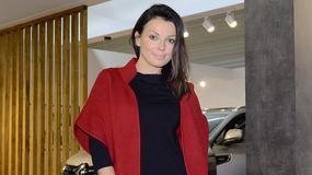 Katarzyna Glinka w czerwonym płaszczu. W tym kolorze jej do twarzy?