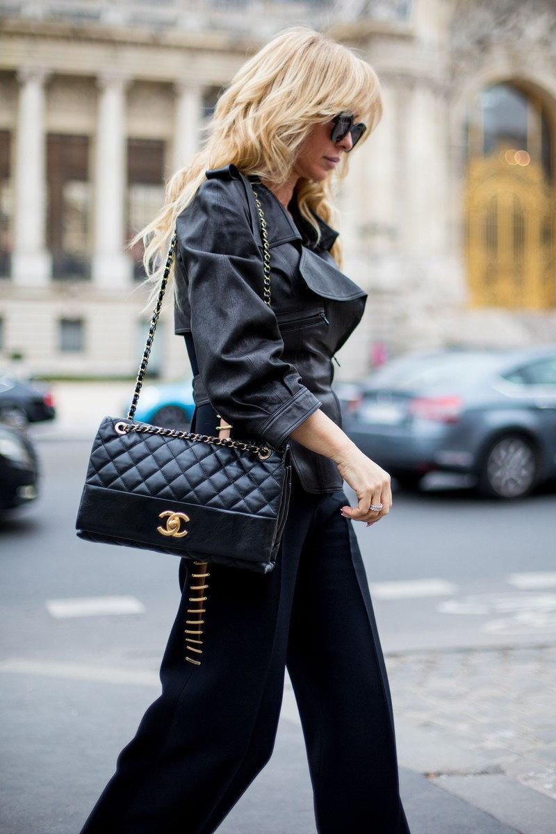 Joanna Przetakiewicz na ulicach Paryża