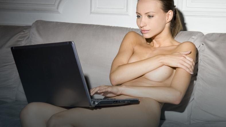Seks z dziewczyną z internetu
