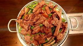 Korea Południowa - zupa z mięsa psa