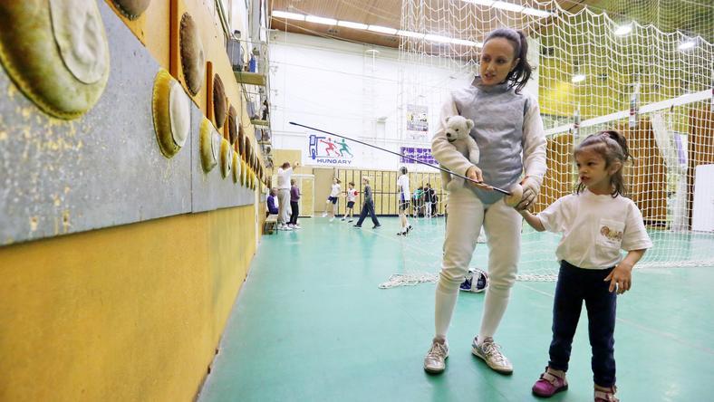 A vívónő sok hasznos tanácsot kapott kislánya,  Olívia gyógyulásával kapcsolatban, ezért is segít / Fotó: Havran Zoltán