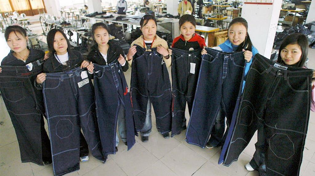 Chiny w kolorze blue
