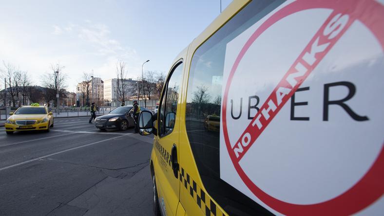 A taxisok az Uber ellen demonstráltak / Fotó: Northfoto