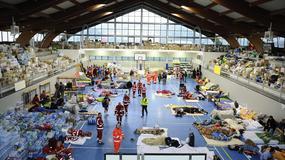 Włochy: ratownicy szukają żywych, obrona cywilna daje schronienie