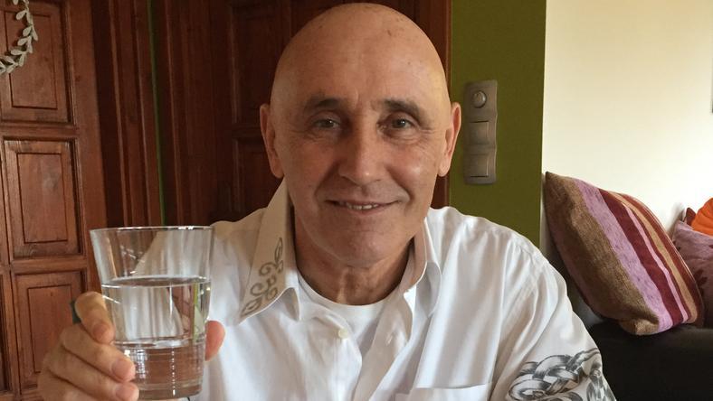 Pataky Attila pezsgő helyett vizet ivott és gyógyszert szedett szilveszterkor