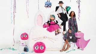 Miss Piggy w reklamie kolorowych torebek