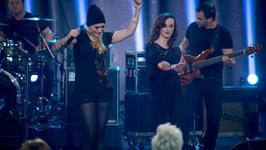 """""""Must Be the Music"""": wulkan energii na scenie"""