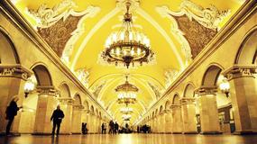Moskiewskie metro, czyli szary człowiek na pałacach