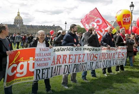 Demonstranti se protive izmenama zakona o radu jer će one pogoršati njihov položaj