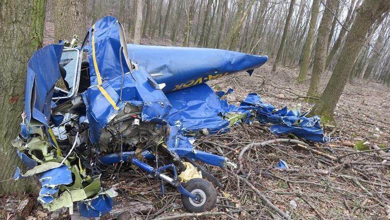 Fedélzetén két ember tartózkodott, egyikük meghalt, a másikat súlyos sérülésekkel szállították kórházba / Fotó: police.hu