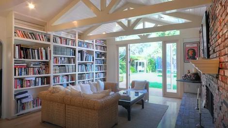 Šon Pen prodaje vilu u Malibuu za 6.5 miliona dolara (FOTO)  Kodex.ME