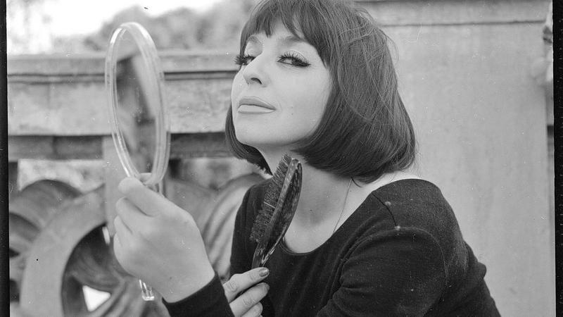 Kalina Jędrusik na zdjęciu z połowy lat 60.