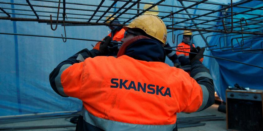 Rynek budowlany obudził się w lipcu z 12 proc. spadkami. Zwolnienia szykuje firma Skanska