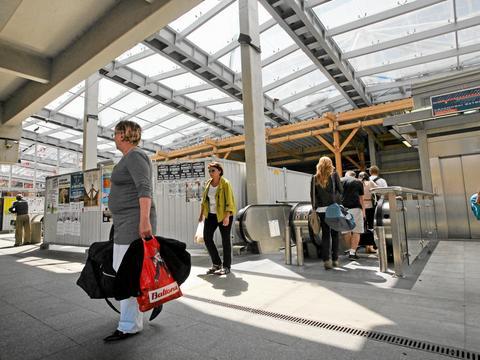 modernizacja dworca kolejowego pkp krakw glwny essay