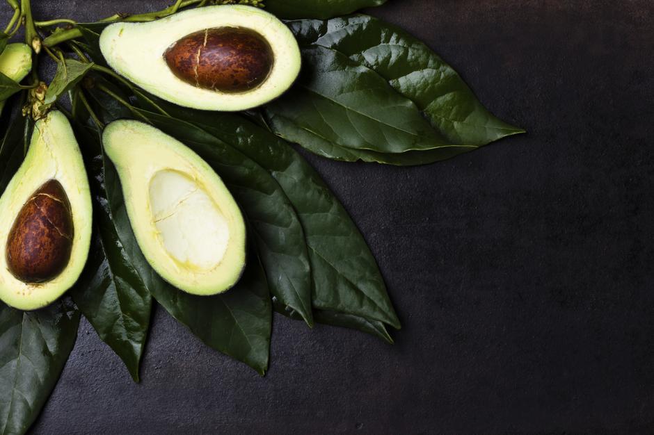 Awokado - znakomity owoc na przesuszoną skórę