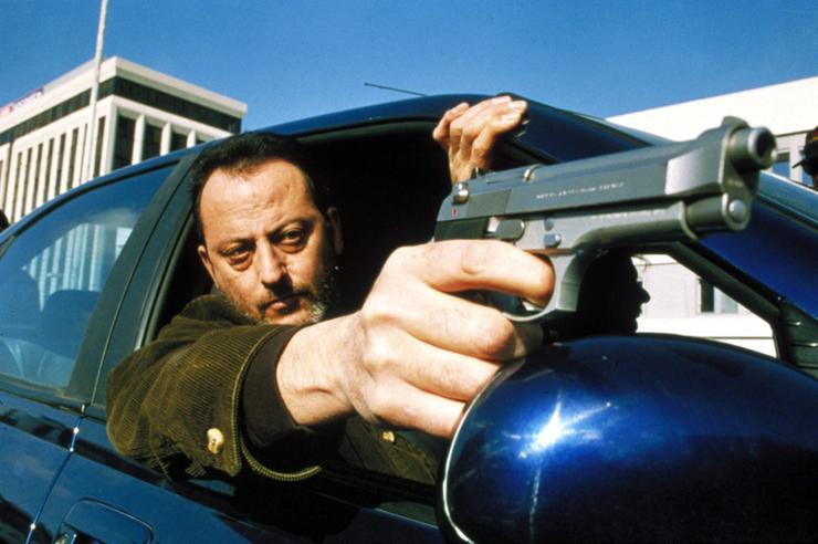 A kilencvenes évek csúcsthrillerjében, a Roninban (1998) egyike a hat munka nélkül maradt titkos ügynöknek, akit felbérelnek a titkos akcióra. (Fotó: RAS-archív)