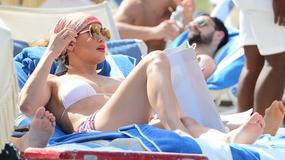 Jennifer Lopez wygrzewa się na plaży