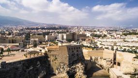 Melilla i Ceuta - hiszpańskie miasta-enklawy w Afryce zalewa fala nielegalnych imigrantów