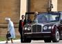 A királynő sejtette, hogy a férje...