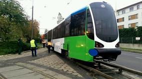 Nowy tramwaj częściowo niskopodłogowy został przywieziony do Szczecina