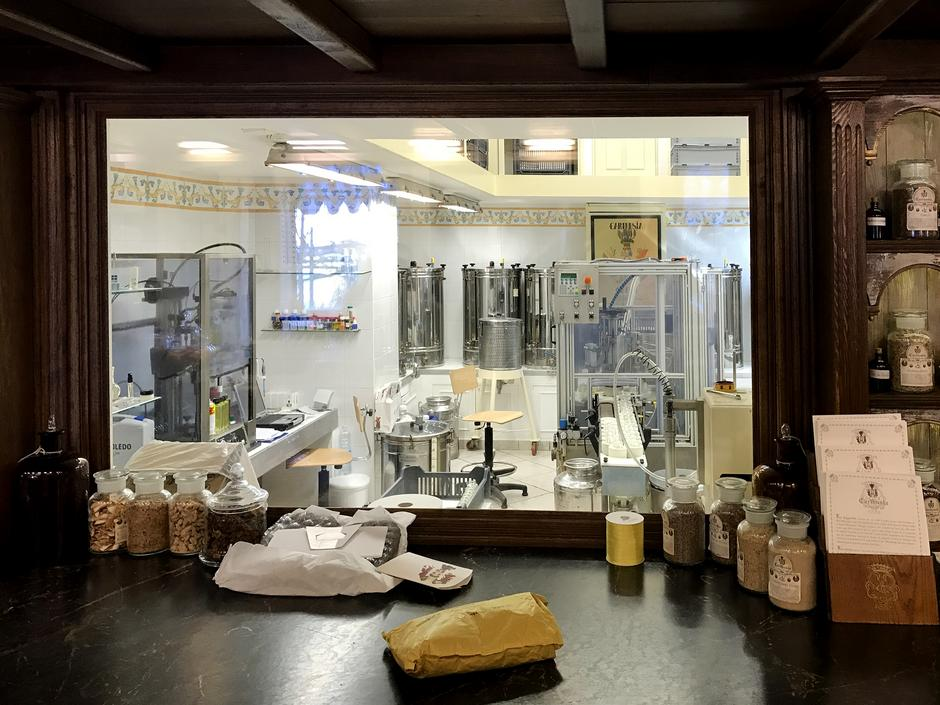 Carthusia - najmniejsze laboratorium perfumeryjne na świecie, fot. Marek Pietroń