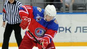 Władimir Putin znów zagrał w hokeja
