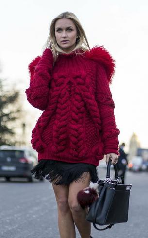 Czerwone swetry roztopią zimowe mrozy