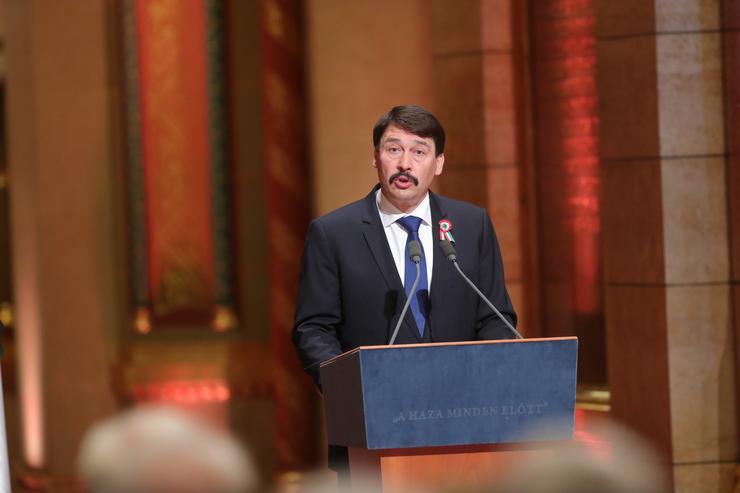 Magyarország köztársasági elnöke, Áder János adományozta a díjakat /Fotó: Varga Imre